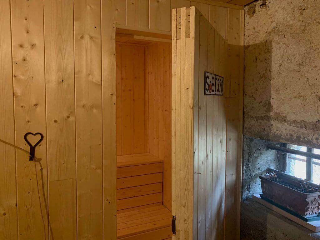 sauna giulio mountain b&b